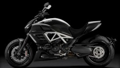 Ducati Diavel AMG Limited Edition Motorcycle Photo Picture Sharing
