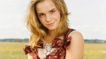 Emma Watson In Nature 2014 Photo Picture HD Wallpaper Free Download