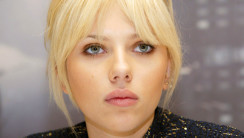 Beautiful Scarlett Johansson HD Wallpaper Photo Picture Free Download