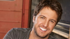 Country Singer Luke Bryan HD Wallpaper