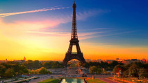 Eiffel Tower in Paris at Sunset HD Wallpaper