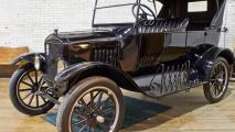 1914 Ford Model T HD Wallpaper