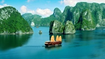Ha Long Bay Vietnam HD Wallpaper